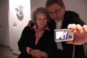Orhan Pamuk and Margaret Atwood Take A Selfie